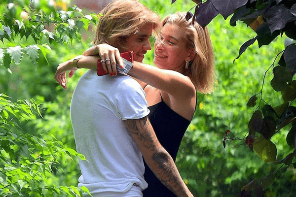Justin Bieber and Hailey Baldwin engaged in Bahamas