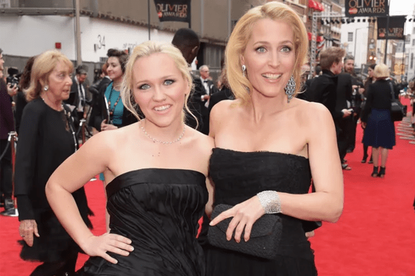 Piper Maru Klotz along with her look alike mother Gillian Anderson