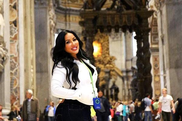 Kiara Mira's net worth is $1 million