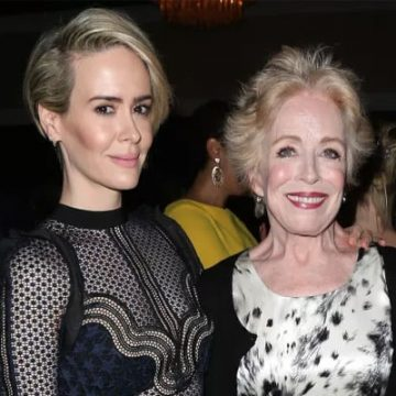 Sarah Paulson and Holland Taylor Net Worth – Who is Richer?