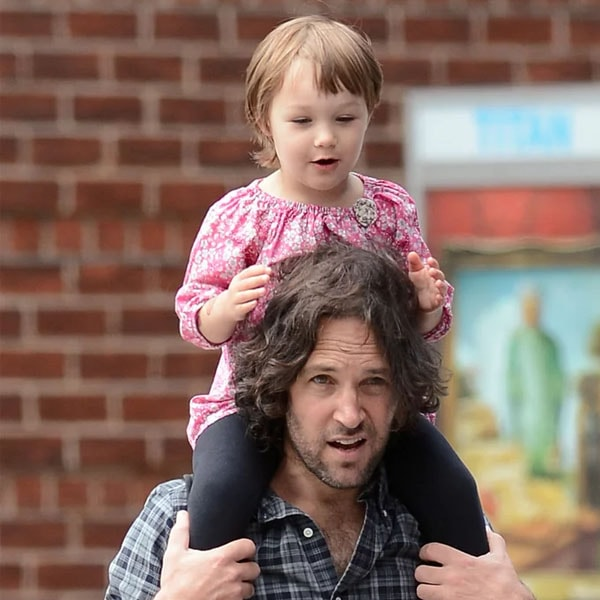 Darby Rudd enjoying some outside time with father Paul Rudd.