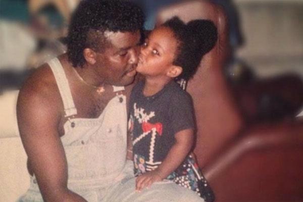Amara La Negra's father