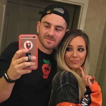 Jenna Marbles in Serious Relationship With Boyfriend Julien Solomita. She Has Thoughts on Marriage