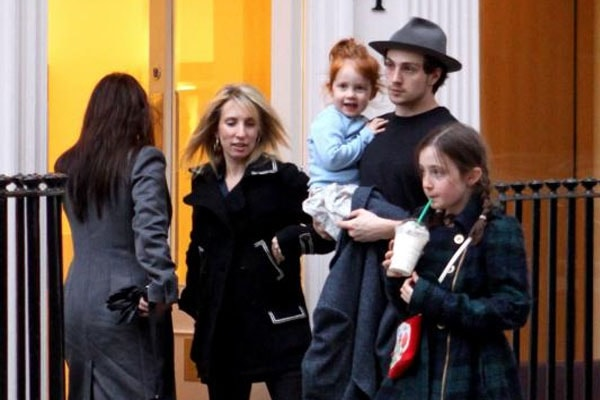 Sam Taylor-Johnson with her daughter Jessie and sister