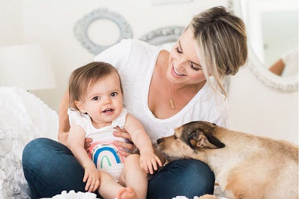 Ali Fedotowsky and her daughter Molly Sullivan Manno