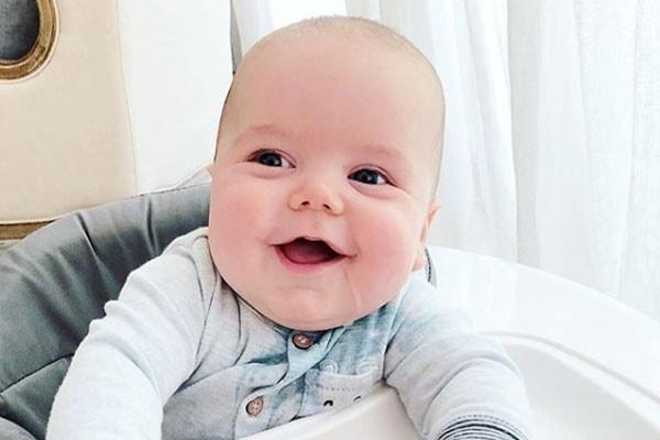 Ali Fedotowsky's son Riley Doran Manno