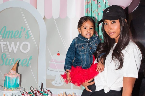 Photo of Apryl Jones  & her Daughter  A'mei Kazuko Grandberry