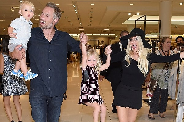 Jessica Simpson with her husband and kids Maxwell and Ace