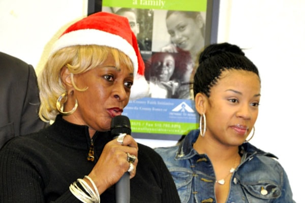 Keyshia Cole with her mother Yvonne Cole