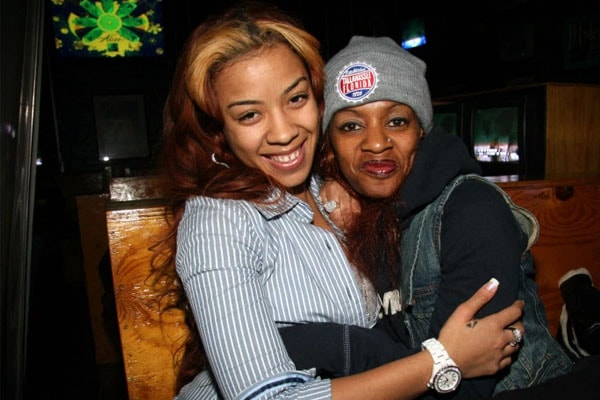 Keyshia Cole with mother Francine Lons