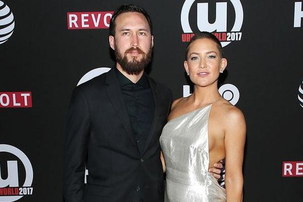 Danny Fujikowa with wife Kate Hudson