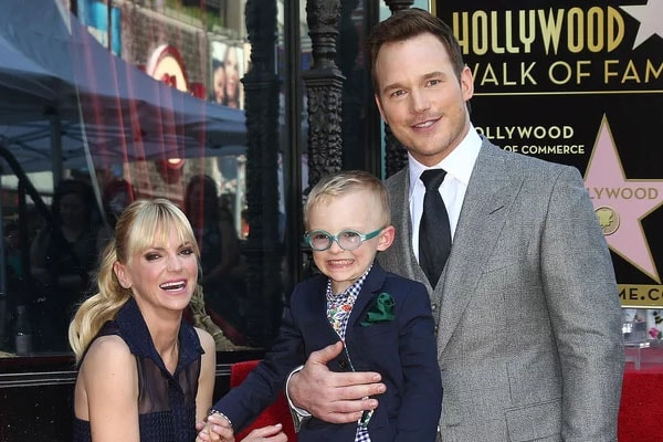 Chris Pratt and Anna Faris with son Jack Pratt