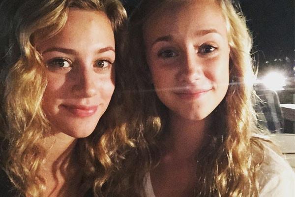Lili Reinhart with her sister, Tess Reinhart