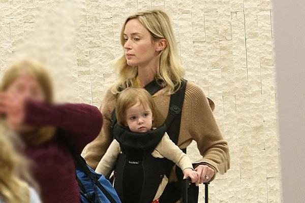 John Krasinski's daughter Violet Krasinski and wife Emily Blunt