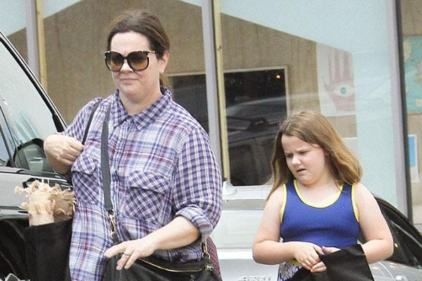 Vivian Falcone with mother Melissa McCarthy