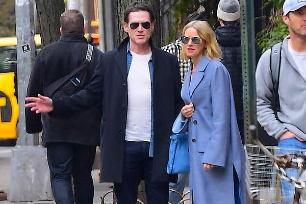 Billy Crudup with girlfriend Naomi Watts