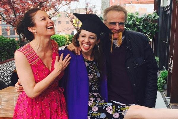 Eleanor Lambert with her parents Diane Lane Christopher Lambert