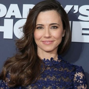 Who is Linda Cardellini's Husband ? Or Is She Still Single ?
