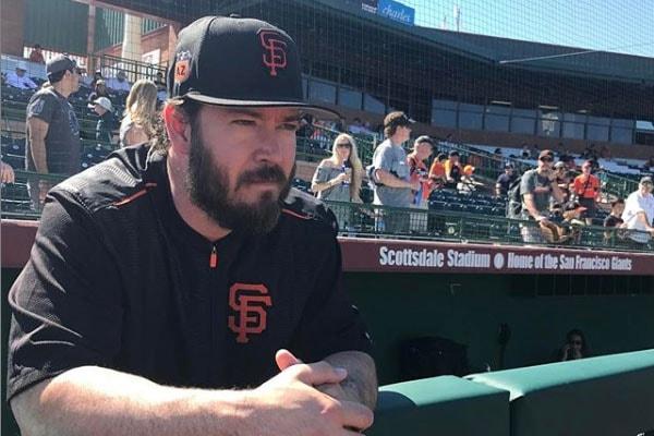 Mark-Paul at baseball game