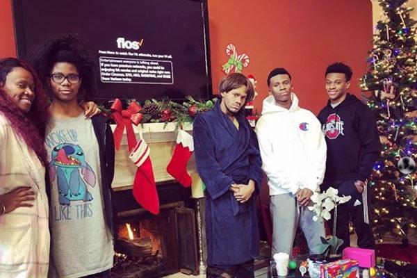 DMX's ex-wife Tashera Simmons with their children