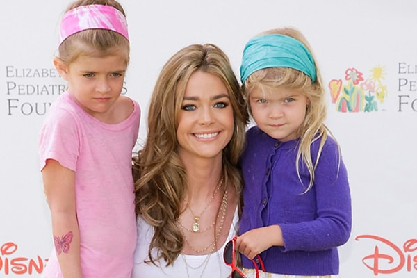 Denise Richards with her daughters