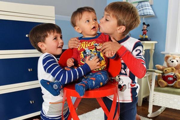 Melissa Joan Hart's three sons