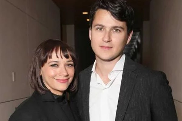 Rashida Jones and her boyfriend Ezra Koenig