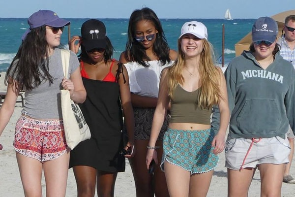 Maisy Biden and Sasha Obama