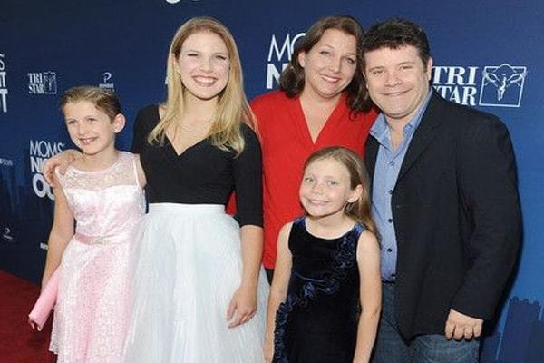 Sean Astin daughters