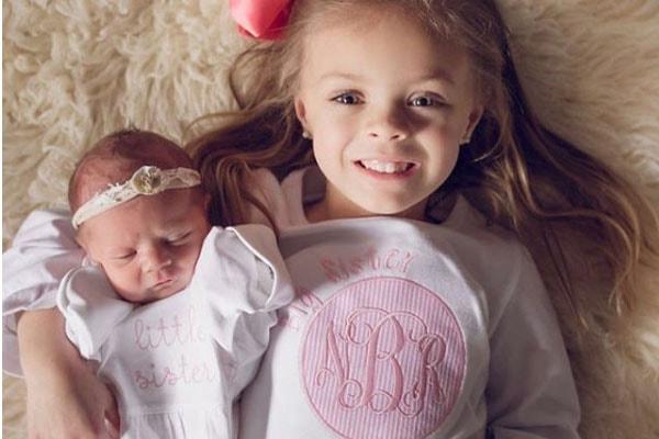 Vaeda Luma and her sister Novalee Reign Baltierra.