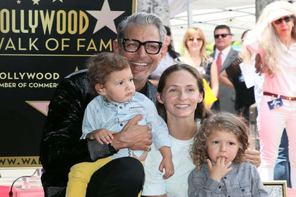 Jeff Goldblum and his familhy