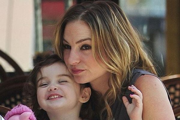 Drea De Matteo's daughter Alabama Gypsy is a fine kidartist