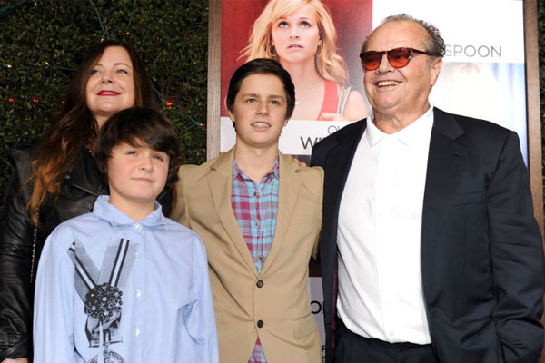 Jennifer Nichlon's son Sean Norfleet with his family