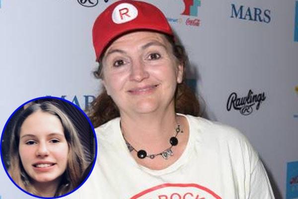 Tracy Reiner's daughter Bella Conlan, born in 2005