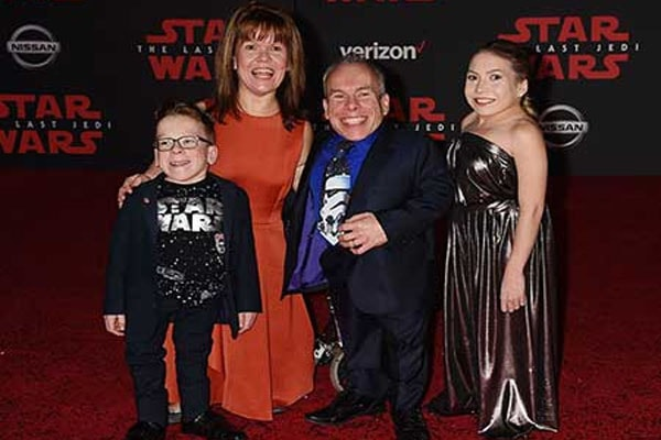 Warwick Davis with his wife, Samantha Davis including their daughter, Annabelle Davis