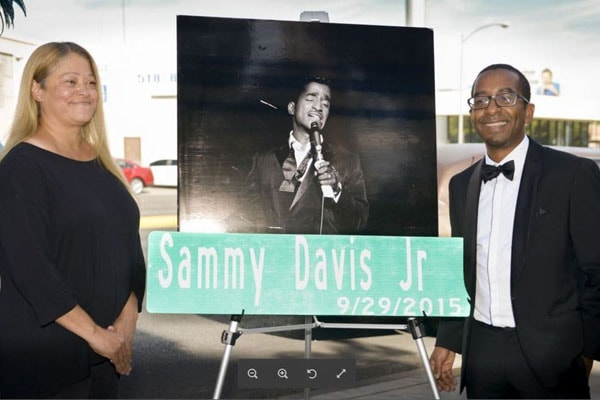 Tracey Davis with brother Manny davis on street renaming ceremony as an honor to her father