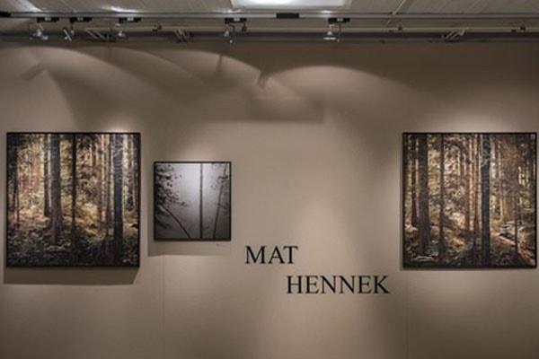 Mat Hennek is the partner of Hélène Grimaud.
