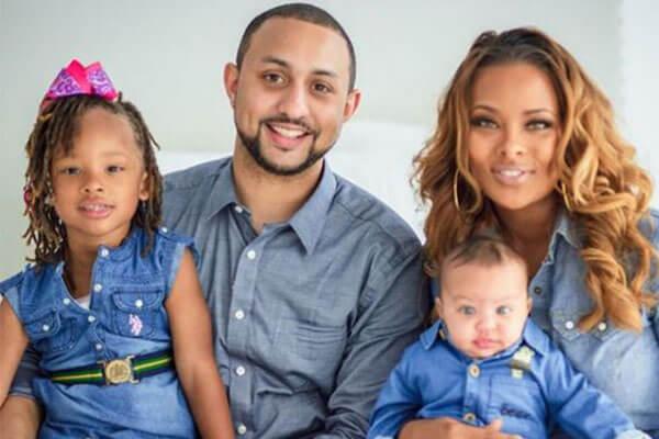 Eva Marcille's husband and children