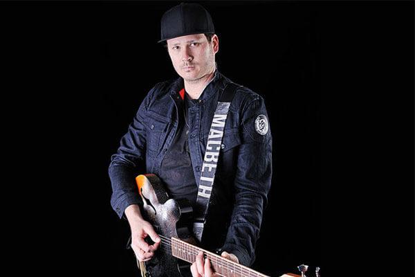Blink-182 guitarist Tom DeLonge