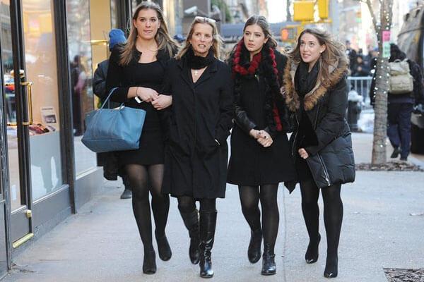 Mariah Cuomo's siblings