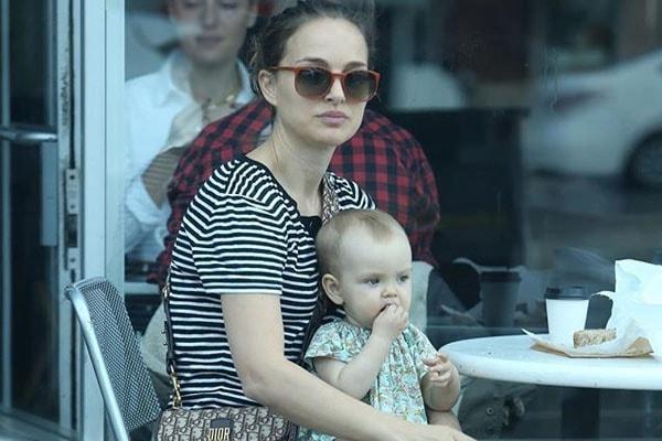 Amalia Millepied's mother Natalie Portman