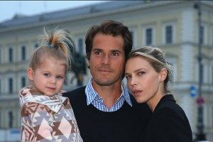 Tommy Haas with his wife Sarah Foster and daughter Valentina Haas