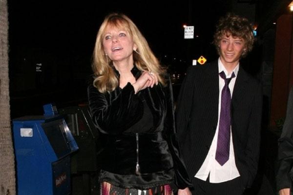Zachary Peck's mother Cheryl Tiegs