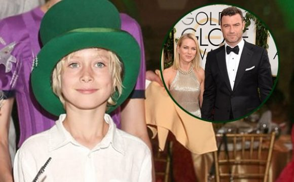 Meet Sasha Schreiber – Photos Of Naomi Watts' Son With Baby Father Liev Schreiber