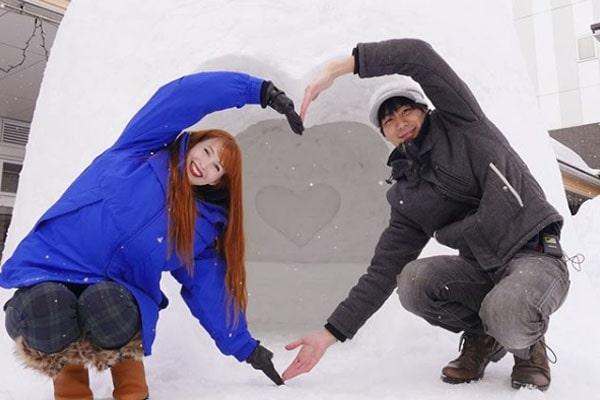 YouTuber Couple Rachel and Jun
