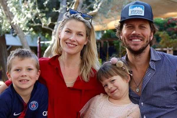 Ali Larter's family
