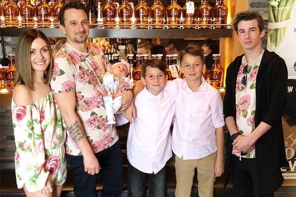 Evan Bass' children
