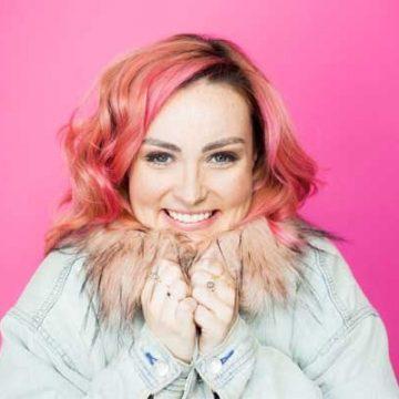 Who Is YouTuber Molly Burke's Boyfriend? Or Is She Single?