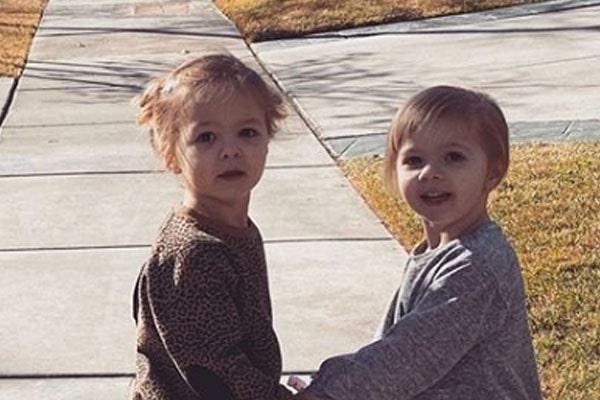 Dan Reynolds' Twin DaughtersGia James Reynolds and Coco Rae Reynold