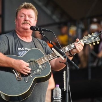 Meet All Of Joe Diffie's Children. See Where They Are And What They Are Doing Now